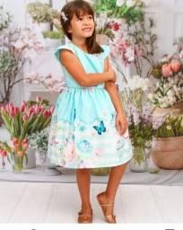 Título do anúncio:  Vestidos lindos , roupas temáticas  pra menino e menina e preço imbatível