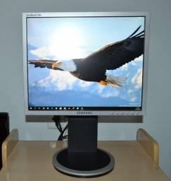 """Monitor Samsung Syncmaster 740n 17"""" Polegadas Base com Ajuste de Altura"""