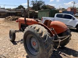 Trator de pneus massey ferguson 50x