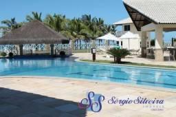 Apartamento no Portamaris Resort Porto das Dunas lazer completo frente mar