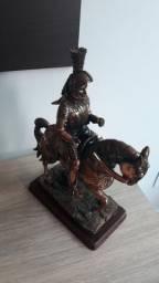 Cavaleiro a cavalo - antiguidade
