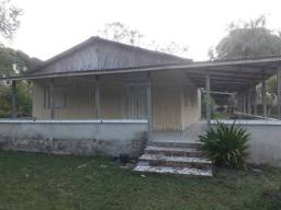 Vendo ou troco chácara localizada na sede de Porto Acre