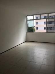 Amplo apartamento Montese Parreão Fatima