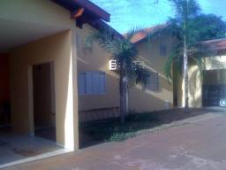 Casa em jardim alvorada, 2 quartos ,condomínio fechado