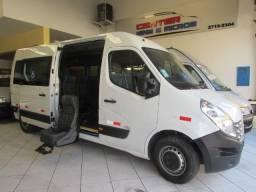 Renault Master com Acessibilidade L3H2 - 2020