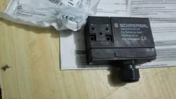 Chave de Segurança c/ Travamento NR12 ,AZM 170 ,Schmersal 24 V
