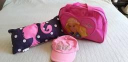Bolsa, Almofada e Boné da Barbie