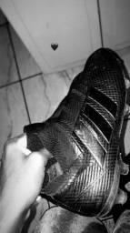 Chuteira Adidas Nemeziz - 40