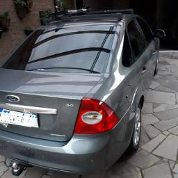Ford Focus sedan Hatch Cobalt Jeta Vectra Fusion Civic Cruze