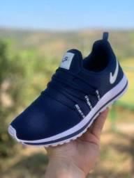 Título do anúncio: Vendo Tênis Nike e outros modelos ( 110 com entrega)