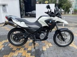 Moto BMW com entrada + parcelas