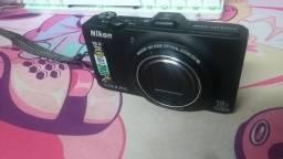 Câmera Digital Nikon Coolpix S9300 Preta 16MP,Zoom Óptico, Full HD (1080P)