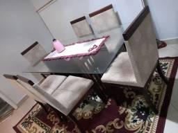 Título do anúncio: Meda com 6 cadeiras