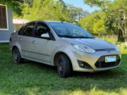 Ford Fiesta Sedan 1.6 - 2014 - 80 mil km!