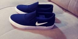 Título do anúncio: Tênis Nike SB Charge Slip - Preto + Branco