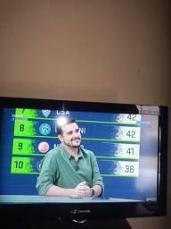 Título do anúncio: TV LCD BUSTER 32 COM TV BOX