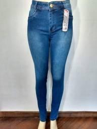 Título do anúncio: jeans e malhas em consignação ( Curitiba e Região )