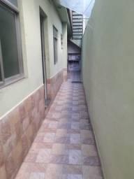 Título do anúncio: Alugo casa independente Rua Mercúrio
