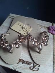 Sandálias personalizadas,apenas 85 reais