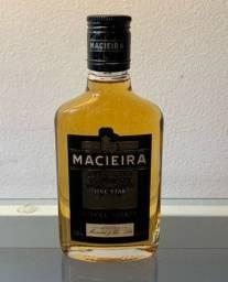 Conhaque português Macieira 200ml - novo e lacrado.