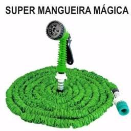 Super Mangueira Mágica