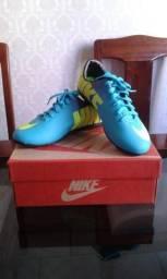 Chuteira Futsal Nike Mercurial Roxo e Azul Bebê