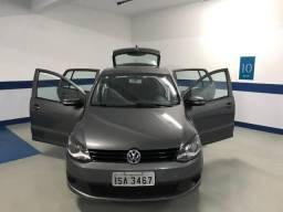 Volkswagen Fox 1.0 - 4 Portas - 2012