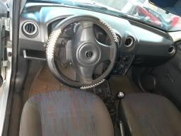 Celta 2006/2007 prata, 4 portas, jogo de rodas, quitado, todo em dia e ar condicionado - 2006