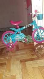 Vende se um bicicleta infantil