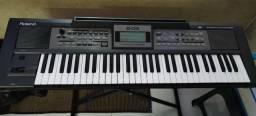 Roland e09 - teclado arranjador
