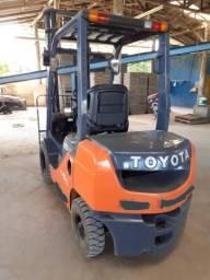 Empilhadeira Toyota Diesel