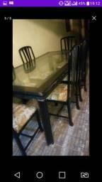 Meda tampo de vidro com 6 cadeiras