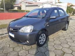 Etios Sedan 2013 XS 1.5 GNV  R$26.800,00