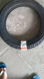 Vende-se pneus para moto.