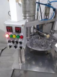 Seladora Envasadora semi-automática para sucos e água de coco.