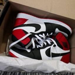 Nike Air Jordan 1 Chicago Retro