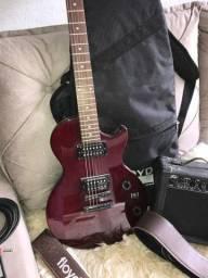 Título do anúncio: Guitarra com 1 mês de uso mais acessórios