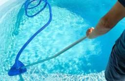 Título do anúncio: Limpeza de piscina litoral do Paraná