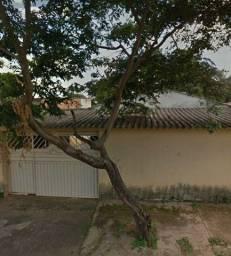 Casa com piscina no Madre Germana Goiânia
