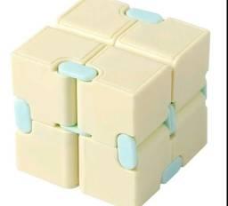 Título do anúncio: Cubo mágico infinito fidget toys