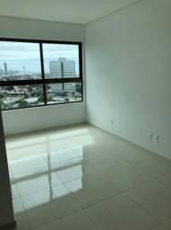Título do anúncio: Alugo apt de 2 quartos sem mobília ótima localização R$:2.900