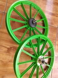 """Título do anúncio: Par de Aros Verde para Bicicleta Infantil Aro 16"""""""