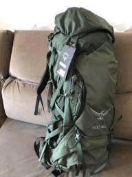 Título do anúncio: Mochila Cargueira Americana Osprey Volt 60 Litros com Capa de Chuva