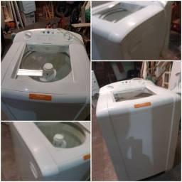 Título do anúncio: Lavadora de roupas Electrolux lm08