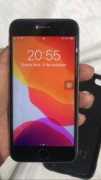 Título do anúncio: Iphone 6s prata, semi novo pronto pra uso.