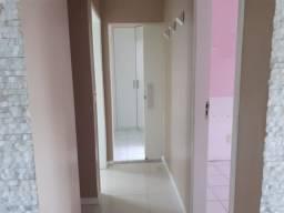 Vendo apartamento 3/4, sendo uma suíte, varanda, 70 metros em Vila Laura 350.000