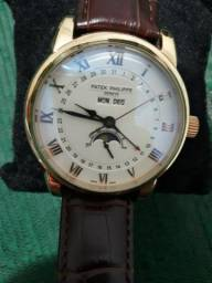 ee34aaab42e Relógio Patek Philipe fases da lua automático