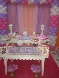 Festa e decoração Deus e fiel