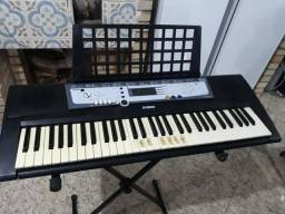 Teclado Yamaha psn E 213