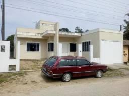 Casa de 3 Quartos em Santo Amaro